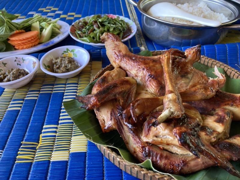 カンボジアの地鶏